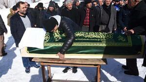 İstanbulda öldürülen güvenlik görevlisi Sivasta toprağa verildi