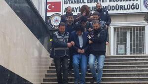 Turistleri soyan sahte polisler yakalandı