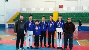 Vanlı taekwondocular Malatyadan 5 madalya ile döndüler