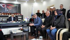 Trabzonlu 2 şehit ailesine ev tapuları teslim edildi