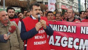 Tazminatsız işten çıkartılan 117 işçiye sendika desteği