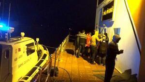 12 kaçak ile 2 insan taciri son anda kurtarıldı