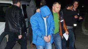 Milasta 31 mülteci ile 3 organizatör yakandı