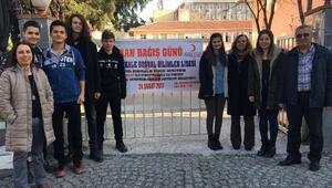Çanakkalede lise öğrencilerinden kan bağışı kampanyası