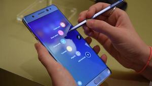 Samsungun olay yaratan telefonu geri mi dönüyor