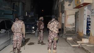 Adanada silah kaçakçılarına operasyon
