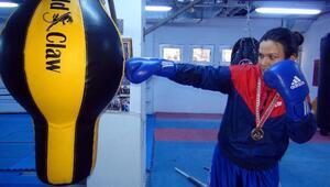 Üniversiteli Selmanın boksta hedefi; Uluslararası alanda birincilik