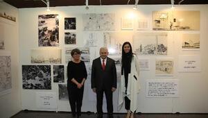 Başbakan Yıldırım, Karaaslan ile Mimar Cansever Sergisini inceledi