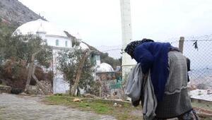Yaşlı kadına cami nöbeti cezası