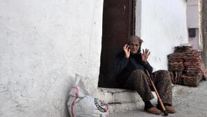Yaşlı kadına cami nöbeti cezası - eK fotoğraflar