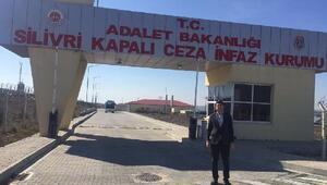 CHPli Adıgüzel'den, Cumhurbaşkanı'na hakaretten tutuklanan gence ziyaret