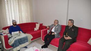 Vali Şentürk, El-Bab gazisini ziyaret etti