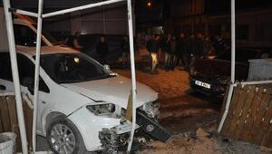 İnegölde zincirleme kaza; 3 yaralı