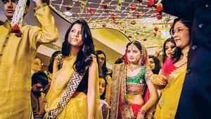 Hindistan'da israf önlemi: Düğüne en çok 500 nişana 100 davetli