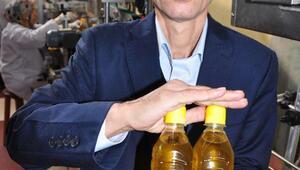 Umre için gittiği Arabistana zeytinyağı ihracat ediyor