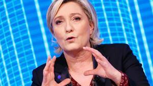 Le Pen: AB Fransa'yı küçülttü
