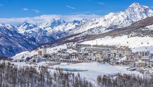 Olimpiyat Köyü'nde bol kar keyfi