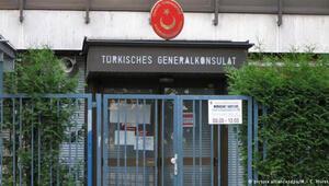 Türk konsoloslukları suçlamaları geri çevirdi
