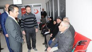 Suriyeli engellilere akülü tekerlekli sandalye verildi