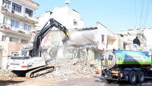Yol yapımında istimlak yıkımları