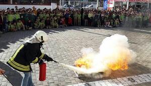 Okulda yangın tatbikatı heyecanı