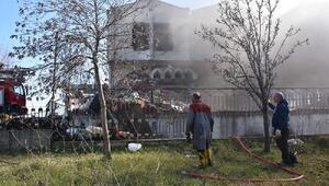 Restorasyonu yapılan otelde yangın çıktı