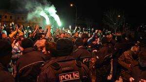 Bursasporlu taraftarlar, yönetimi protesto etti