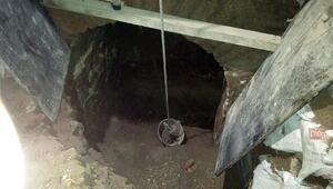 Cin duasıyla define avı Sultanahmet Camii'ne tünel kazanlara Bizans sütunu engel olmuş