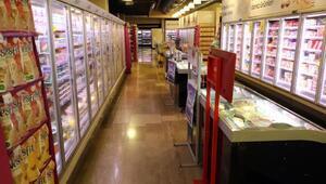 Süpermarkette 13 bin TLyi kaybeden müşteri aranıyor - Fotoğraflar