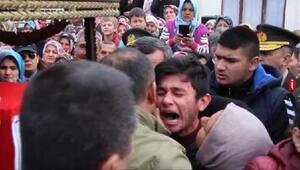 Şehit Astsubay Hasan Çobanı, binlerce Burhaniyeli son yolculuğuna uğurladı