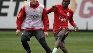 Galatasarayda derbi maçın hazırlıkları sürüyor