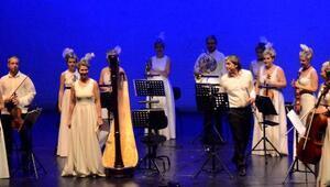 Mozart Gecesi