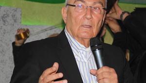 Baykal: Bir devlet kaderini tek adama emanet edemez