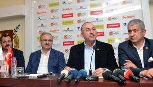 Çavuşoğlu: Kammenos, koalisyon hükümetinin şımarık çocuğu