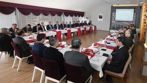 Vali Işık, başkanlığında referandum için güvenlik tedbirleri toplantıdı