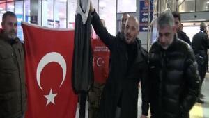 Atatürk Havalimanında Kürt Bölgesel bayrağı eylemi