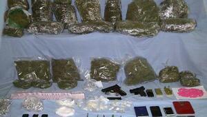 Edirnede uyuşturucuya 3 gözaltı