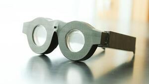 Yeni akıllı gözlükler hem uzağı hem de yakını gösterecek