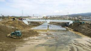 Kınıkta köprü onarıldı