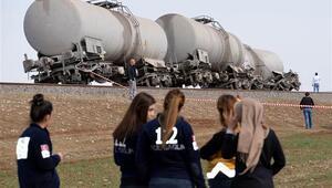 Diyarbakır'da saldırı... Tren bu hale geldi
