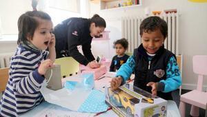 Sivas Valisinden cezaevindeki çocuklara oyuncak