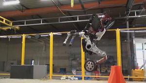 Boston Dynamics, ürettikleri Handle robotunun yeni hareketlerini yayınladı