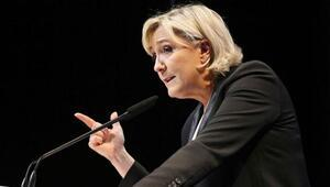 DEAŞ propagandası yapan Le Pene dokunulmazlık şoku