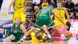 EWE Baskets: 82 - Banvit: 82
