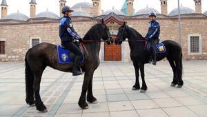 Türkiyenin ilk Atlı Zabıta Birliği Konyada göreve başladı