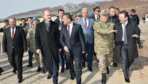 İçişleri Bakanı Soylu, Tuncelide esnaf ziyareti yaptı - ek fotoğraf)