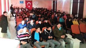 Çavdarhisarda öğrencilere Afete Hazır Okul Eğitimi verildi