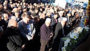 Efkan Ala halasının cenaze törenine katıldı