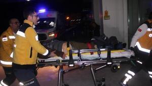 Bakan Elvanın koruma aracı yaya çarptı