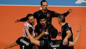 Halkbank: 3 - İstanbul Büyükşehir Belediyespor: 1